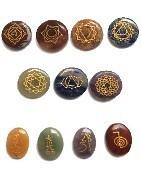 Chakras, set de chakras, les 7 chakras majeurs pour une harmonie de soi, et les symboles de Reiki pour augmenter son magnétisme, seront vos outils de prédilection..
